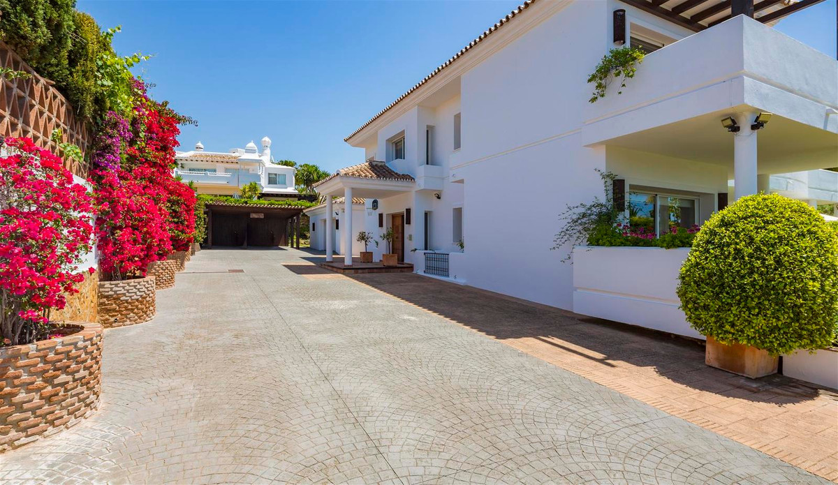 House en Bahía de Marbella R2419892 40