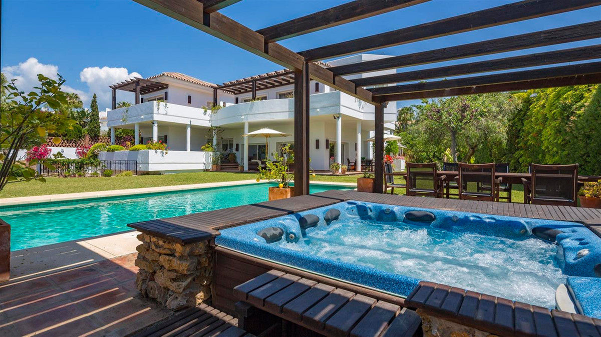 House en Bahía de Marbella R2419892 42