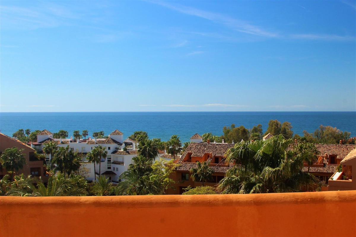Penthouse for sale in Bahía de Marbella R3163066