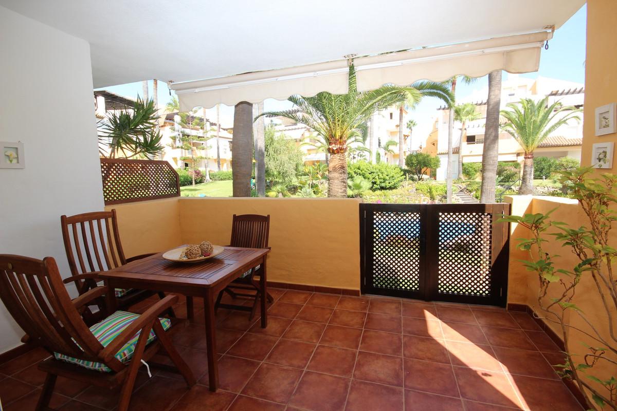 Apartamento Planta Baja en Bahía de Marbella, Costa del Sol