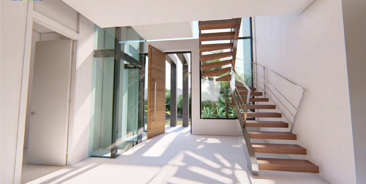 House in Bel Air R3735331 9