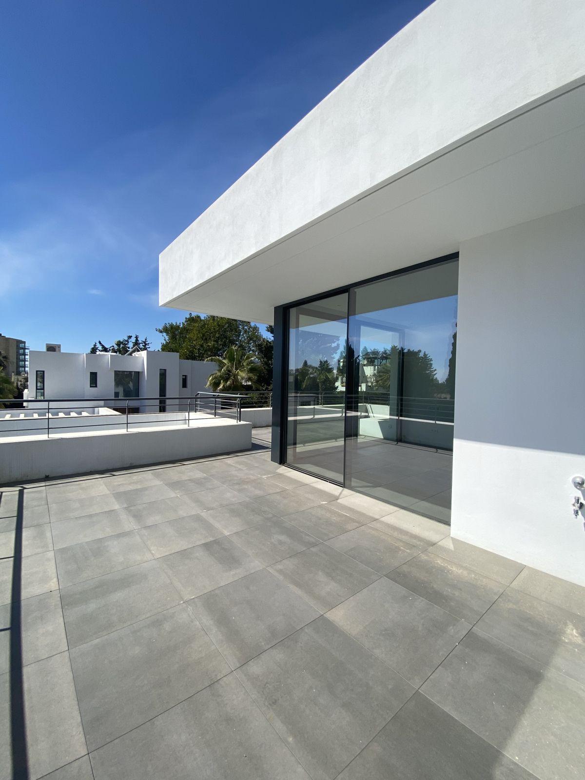 House in Atalaya R3868003 17