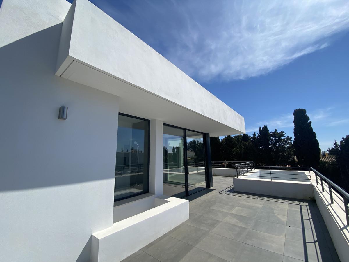House in Atalaya R3868003 5