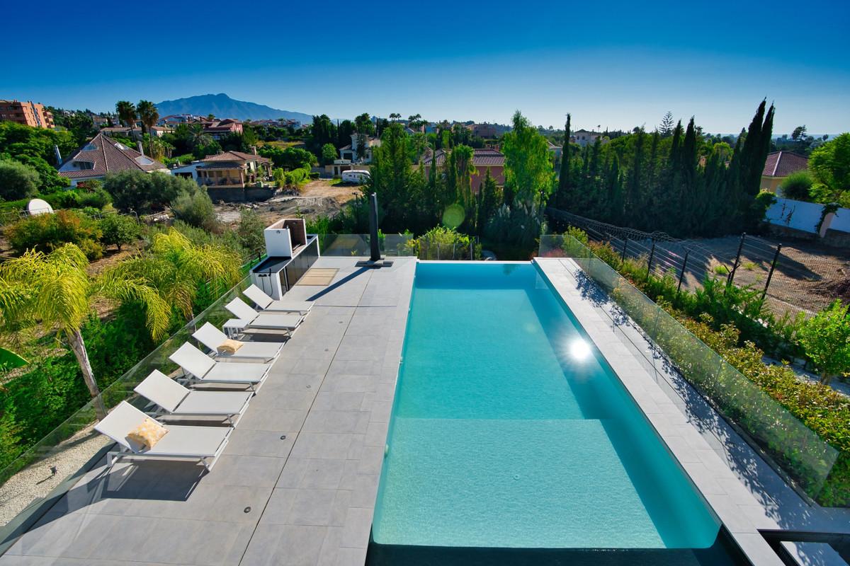 House in Bel Air R3914512 2
