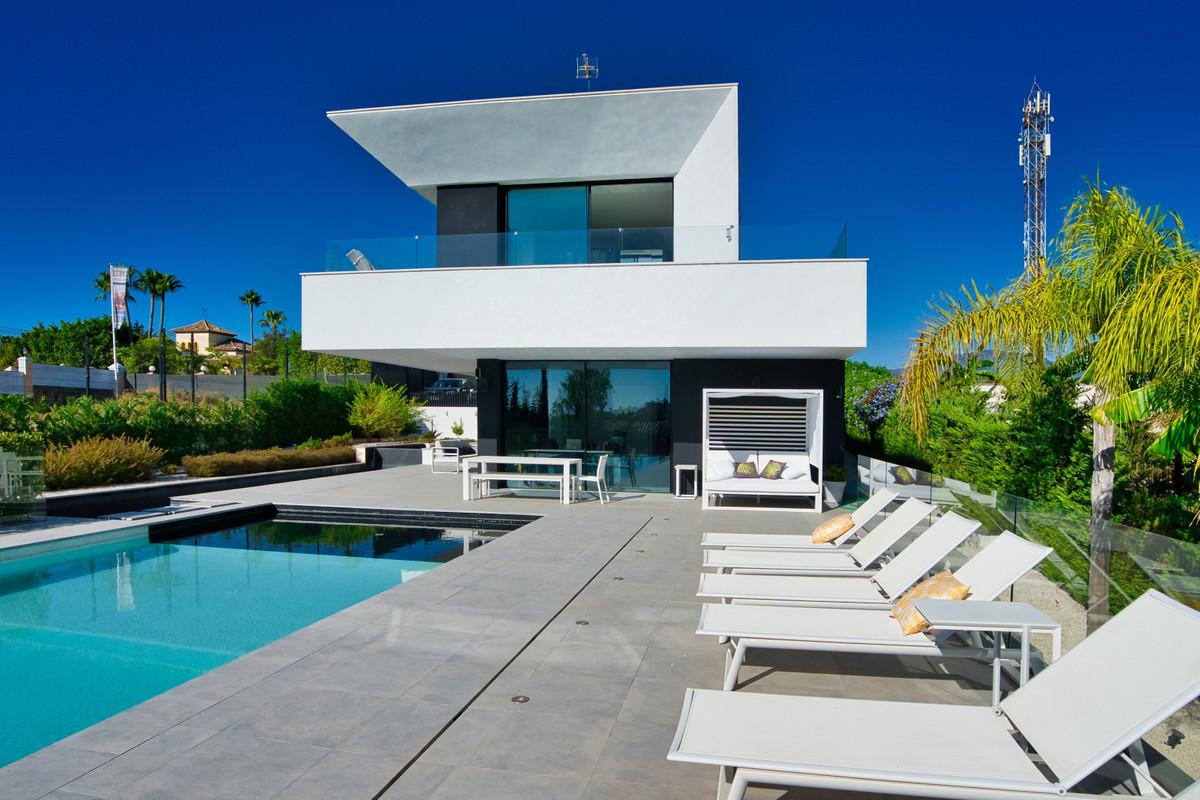 House in Bel Air R3914512 3