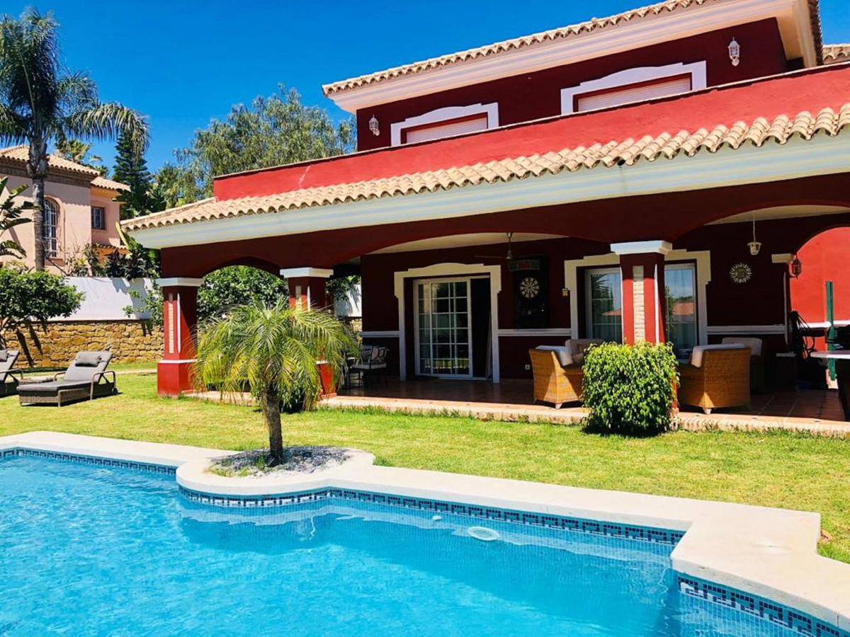 Spacious 2 floors Villa at Bel Air urb. with luxury finishings, marble floors, and high quality wood,Spain