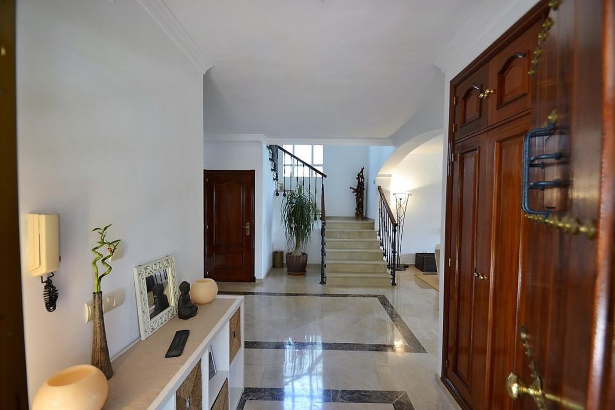 House in Bel Air R3501067 11