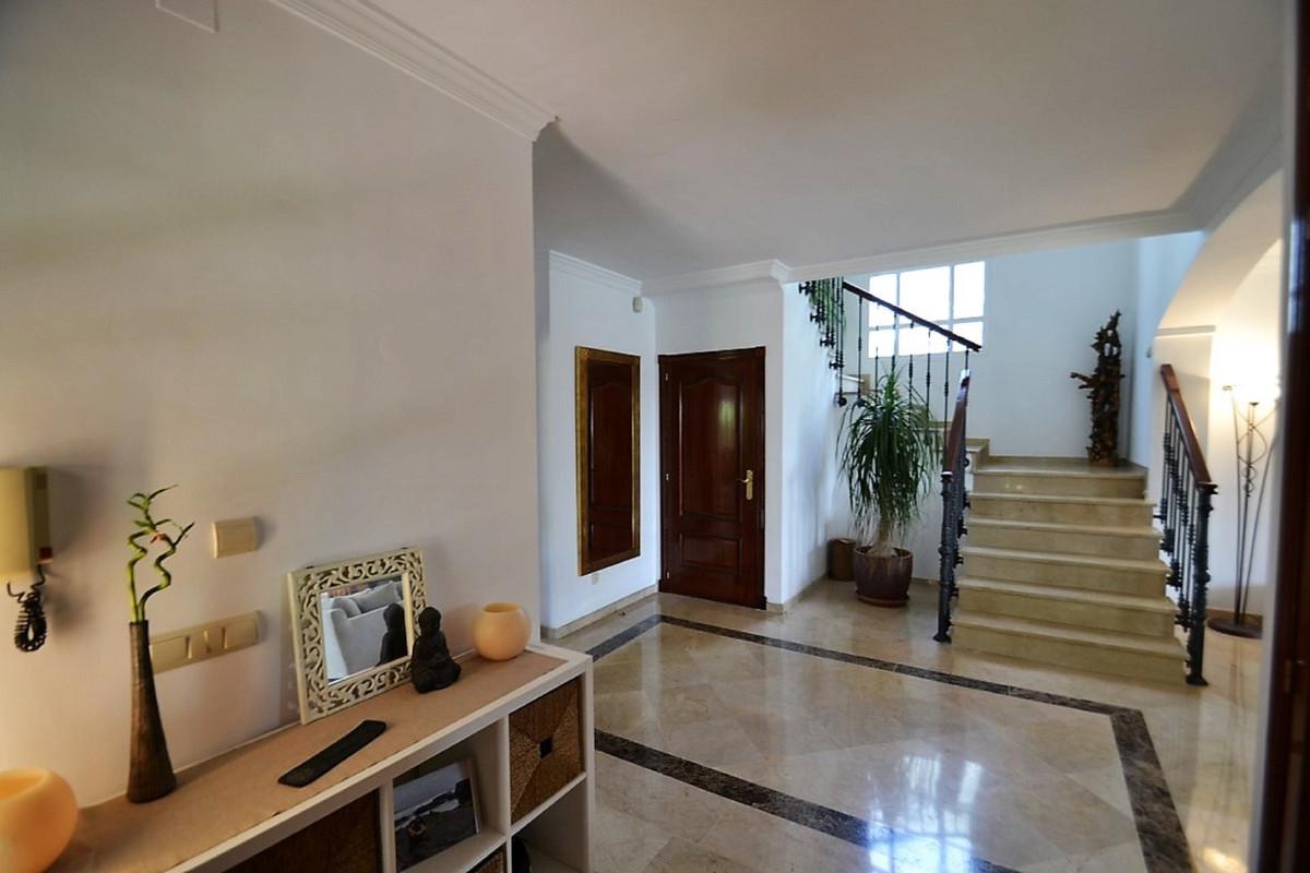 House in Bel Air R3501067 12