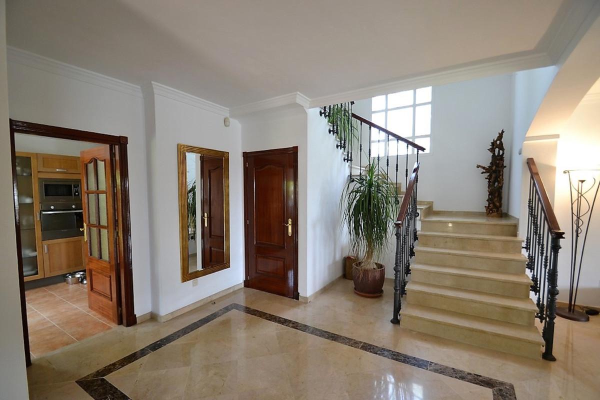 House in Bel Air R3501067 13