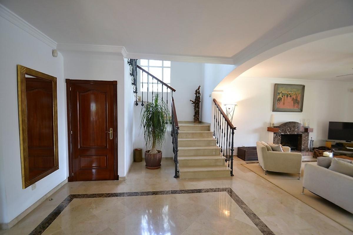 House in Bel Air R3501067 14