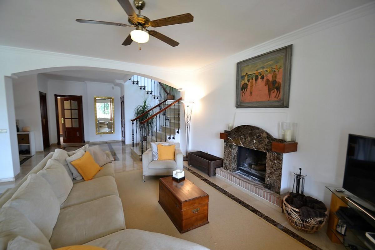 House in Bel Air R3501067 3
