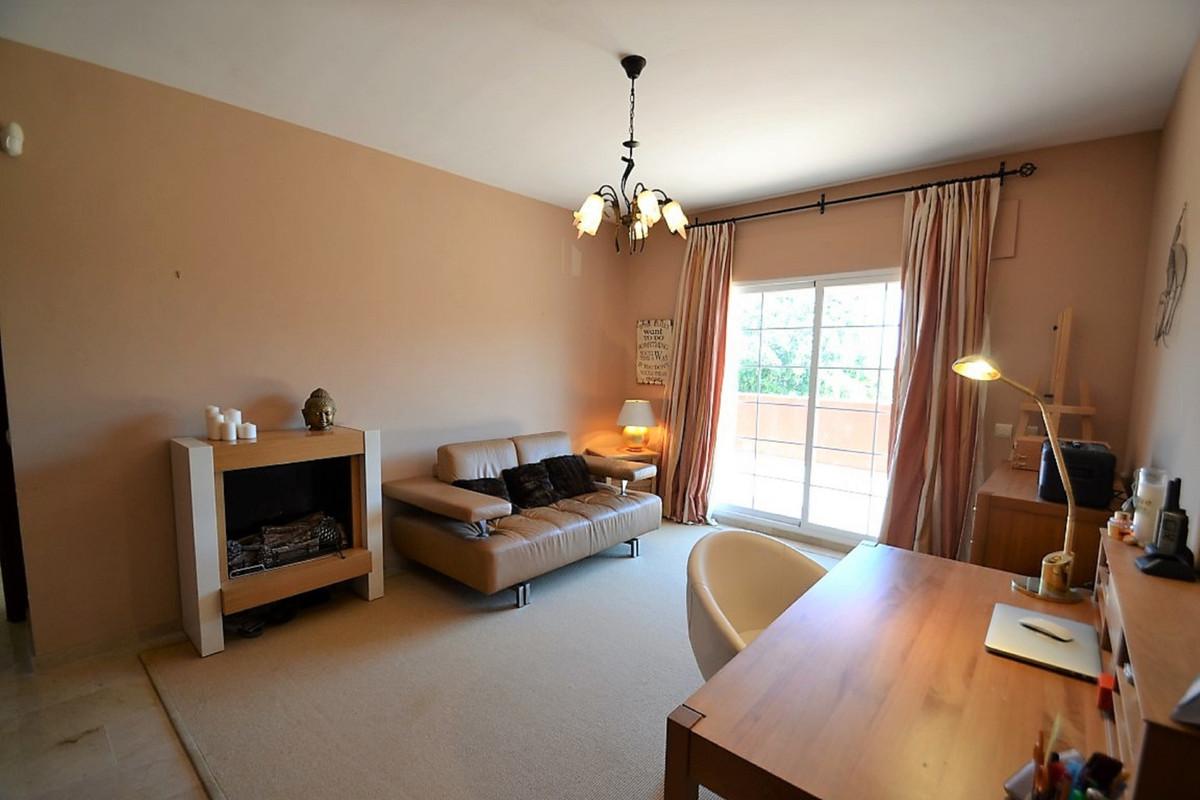 House in Bel Air R3501067 30