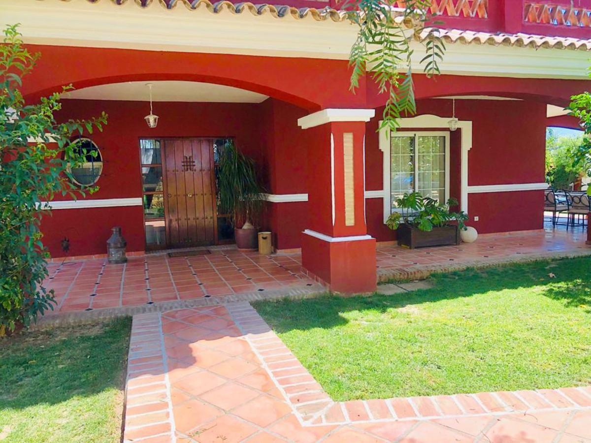 House in Bel Air R3501067 33