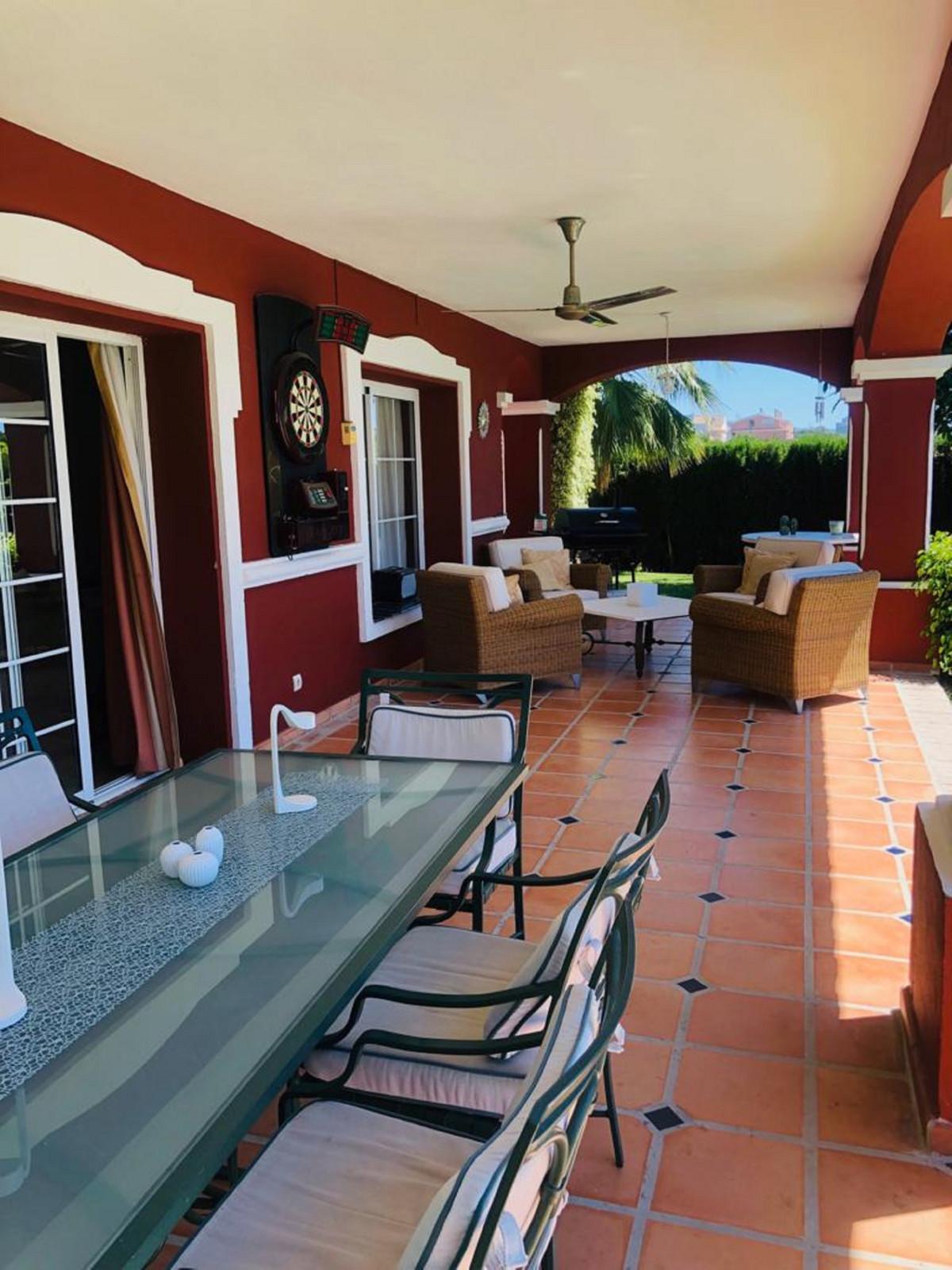 House in Bel Air R3501067 34