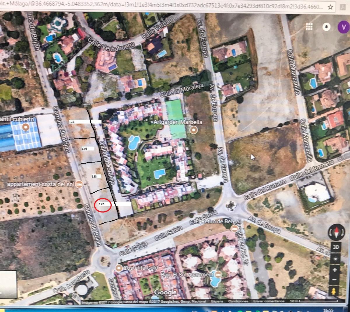 Urban plot qualified as  UE-4 and the main parameters are: Minimum plot: 1000 m2 front minimum 15 m ,Spain