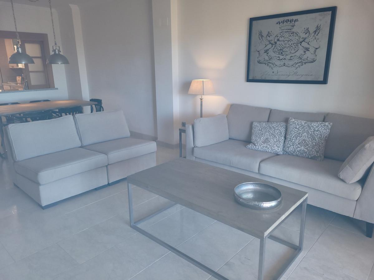 Middle Floor Apartment for sale in Benahavís R3532132
