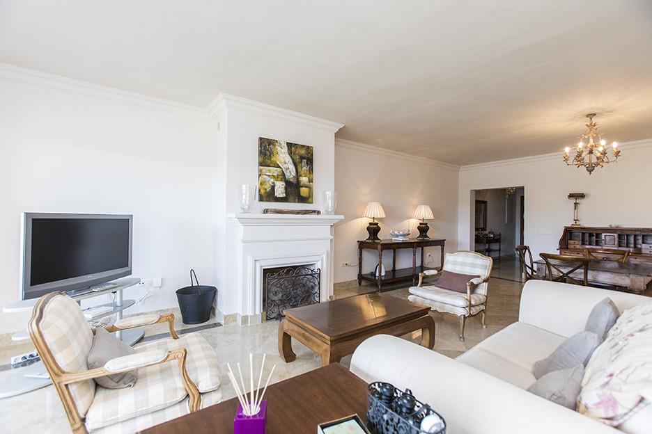 Middle Floor Apartment, Los Flamingos, Costa del Sol. 2 Bedrooms, 2 Bathrooms, Built 0 m².  Orientat,Spain