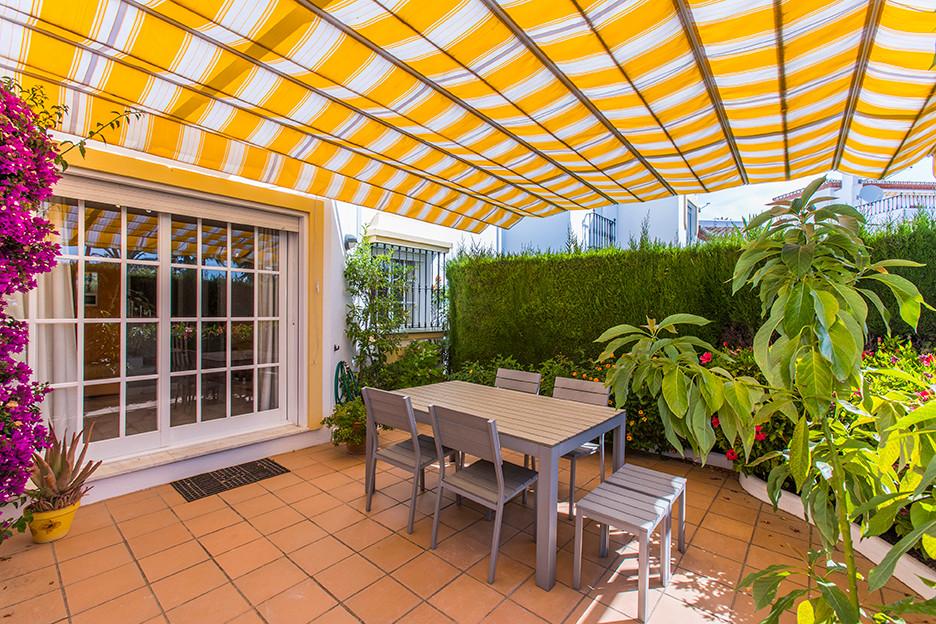Townhouse, Bel Air, Costa del Sol. 3 Bedrooms, 2.5 Bathrooms, Built 109 m², Terrace 67 m², Garden/Pl,Spain