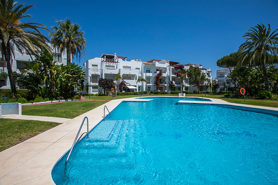 Penthouse, Costalita, Costa del Sol. 3 Bedrooms, 2 Bathrooms, Built 118 m², Terrace 95 m².  Beach si,Spain