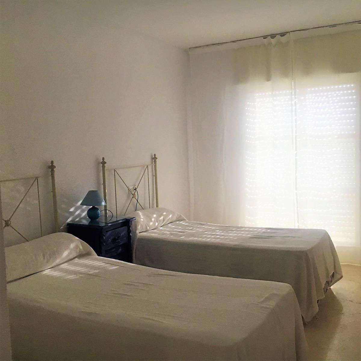 Unifamiliar con 4 Dormitorios en Venta Mijas Golf