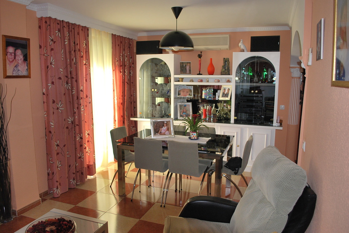 3 Bedroom Penthouse Apartment For Sale Alhaurín de la Torre