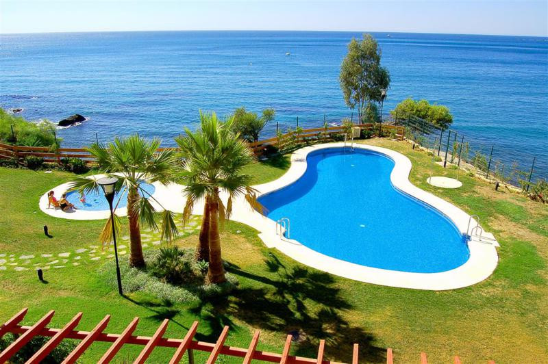 Apartment Middle Floor Benalmadena Costa Málaga Costa del Sol R3010555