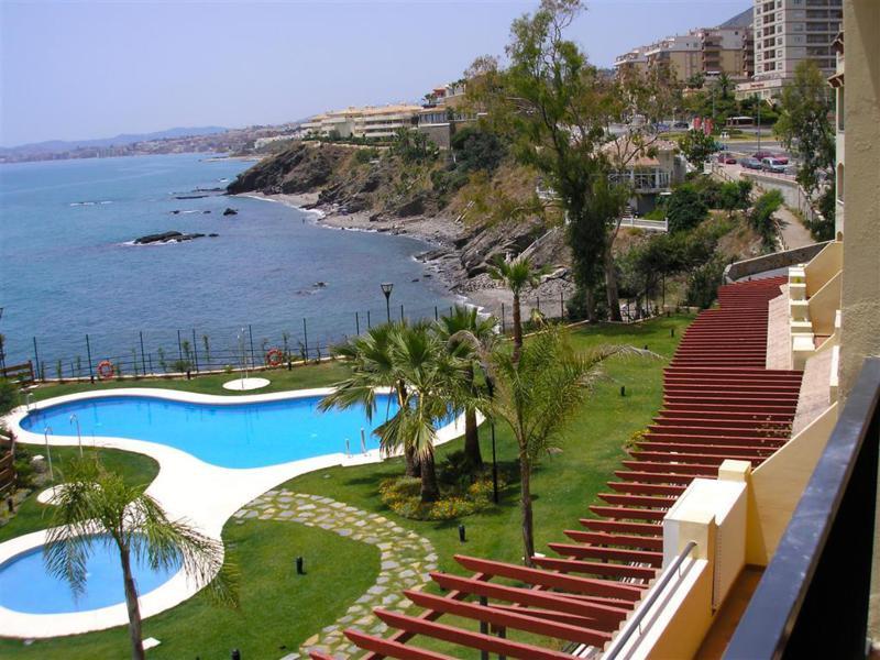 Apartment Middle Floor Benalmadena Costa Málaga Costa del Sol R3010555 5