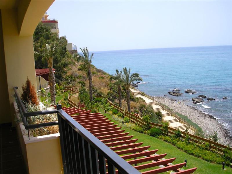 Apartment Middle Floor Benalmadena Costa Málaga Costa del Sol R3010555 6