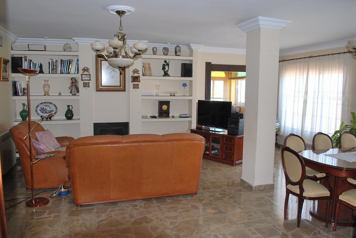 Hus in Alhaurín de la Torre R3213670 12