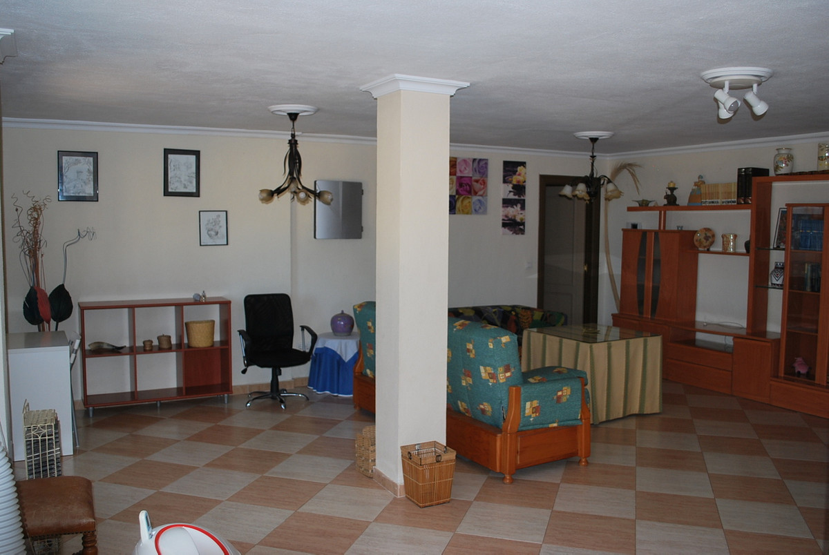 House in Alhaurín de la Torre R3213670 25