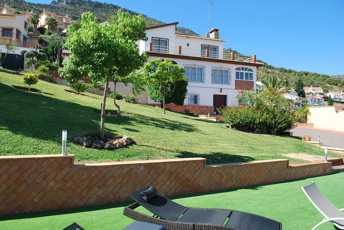 House in Alhaurín de la Torre R3213670 31