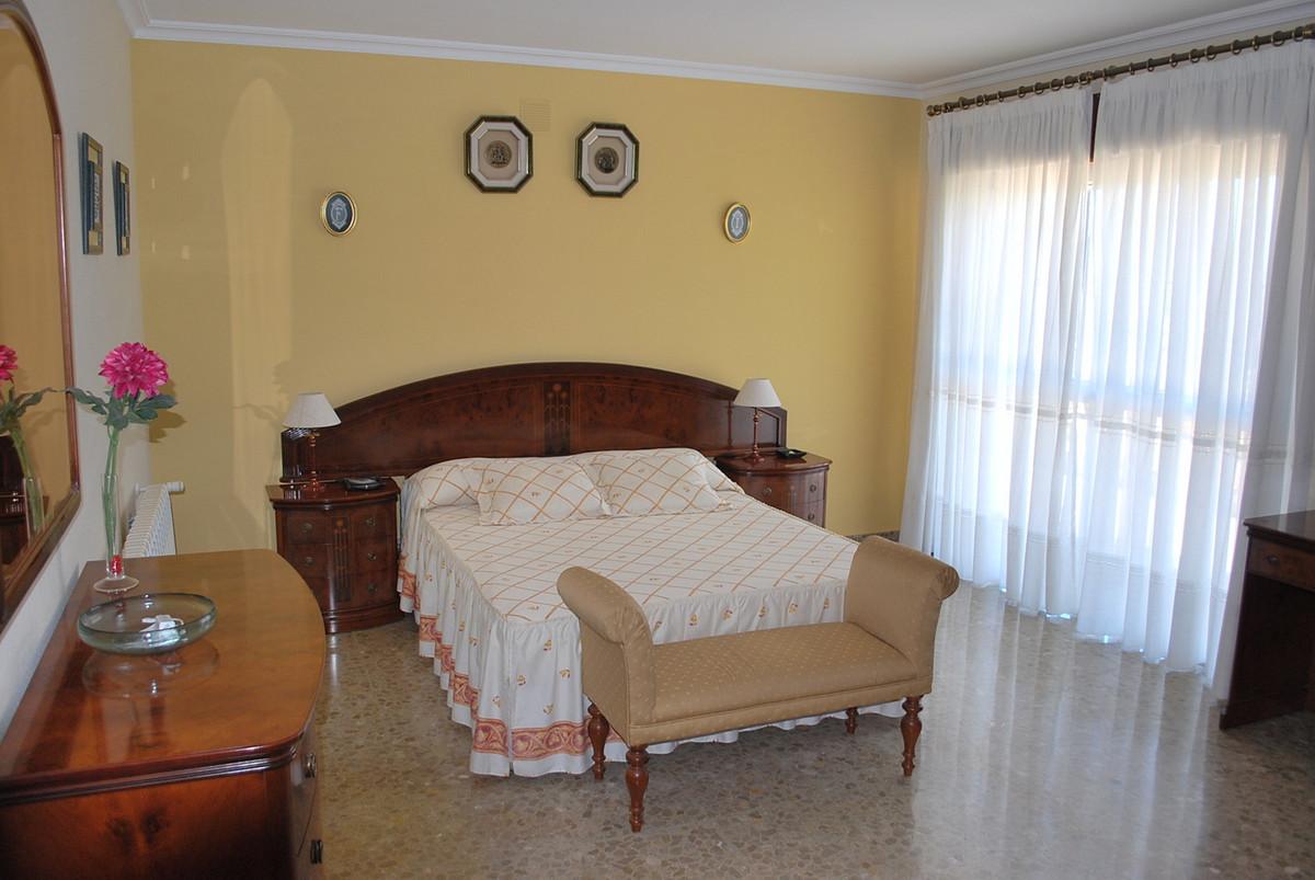 House in Alhaurín de la Torre R3213670 6