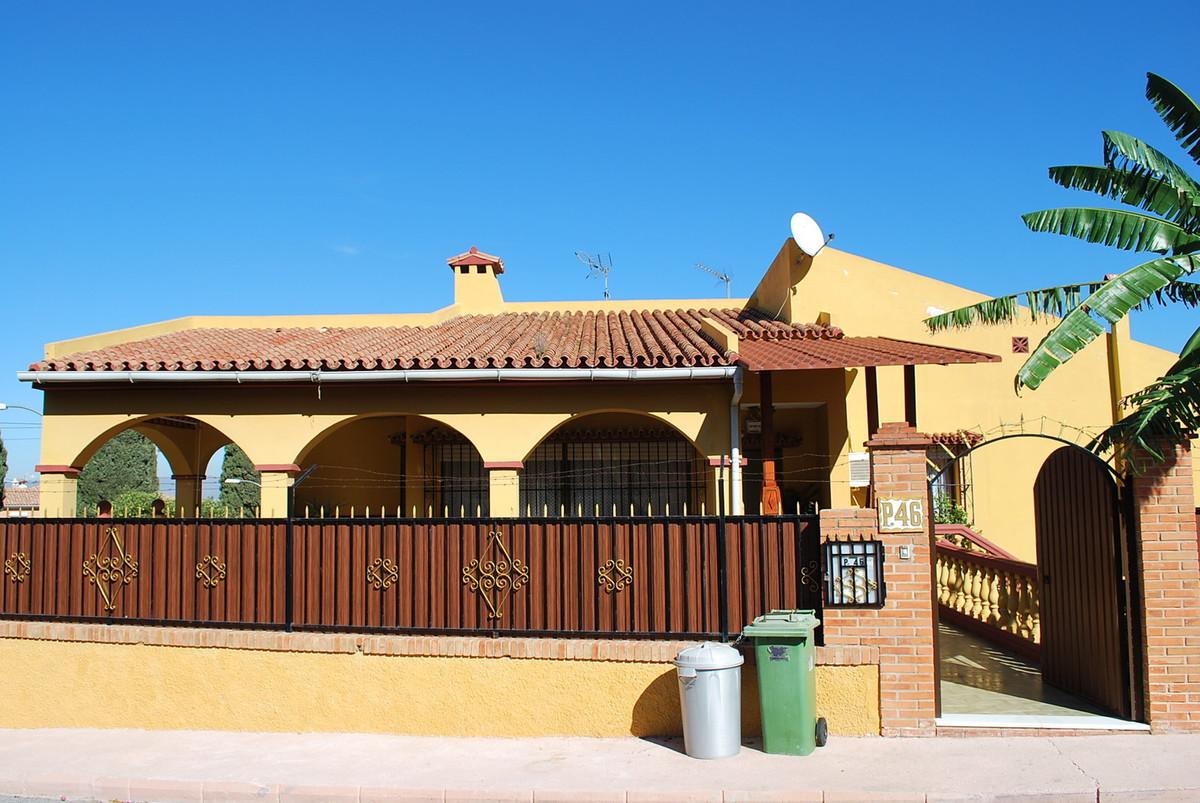 Villa 8 Dormitorios en Venta Alhaurín de la Torre