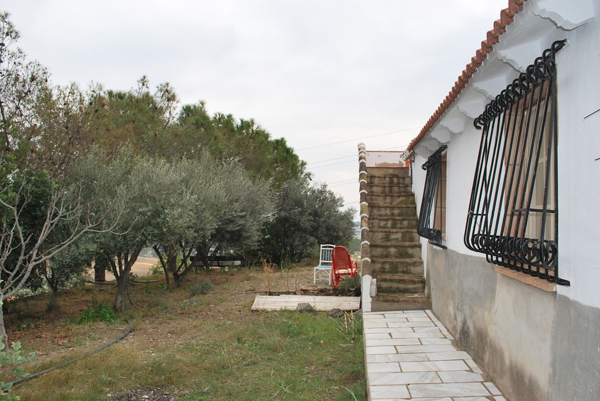 House in Alhaurín de la Torre R3010597 3
