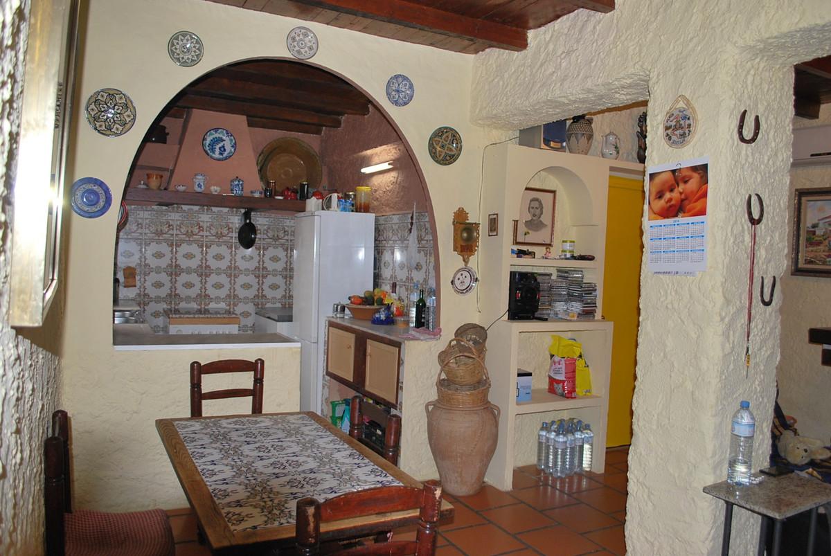 House in Alhaurín de la Torre R3010597 9