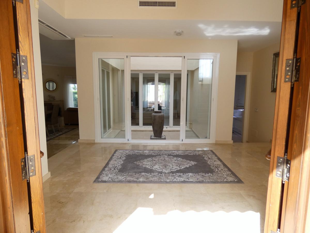 House in Alhaurin Golf R3681662 10