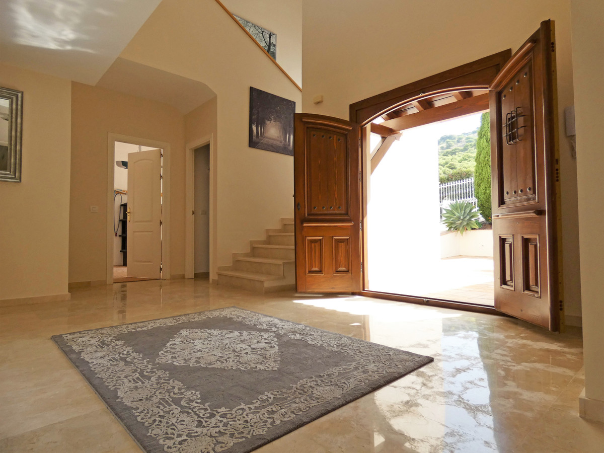 House in Alhaurin Golf R3681662 11