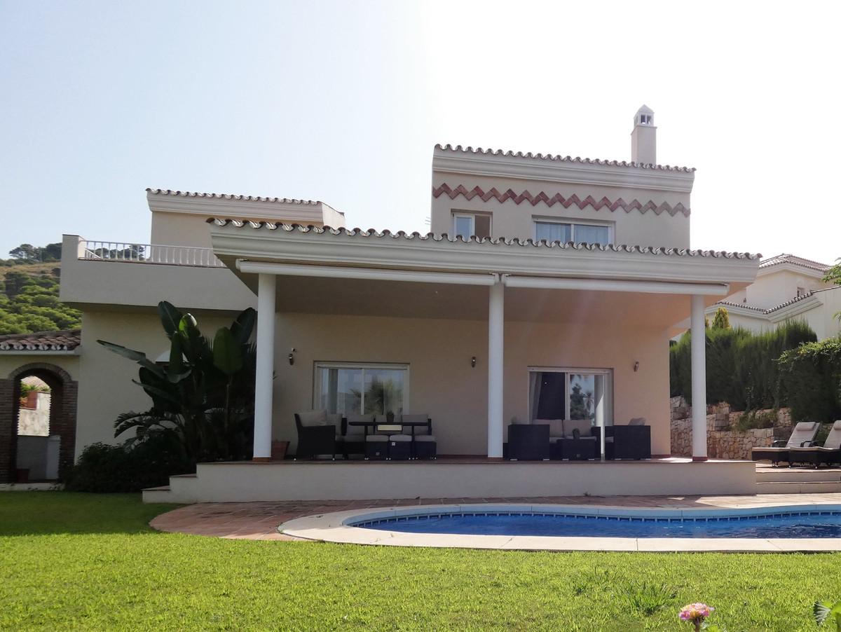 House in Alhaurin Golf R3681662 21