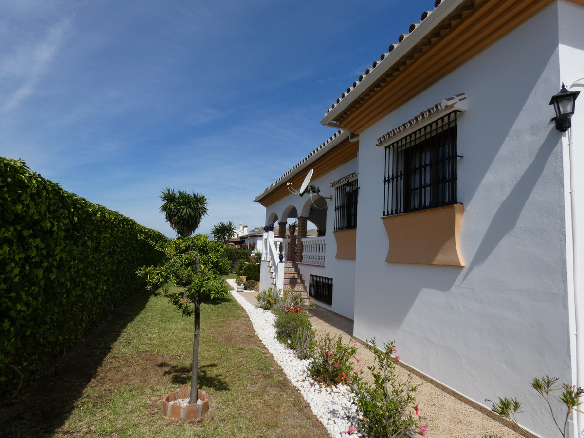 House in Alhaurín el Grande R3866665 25