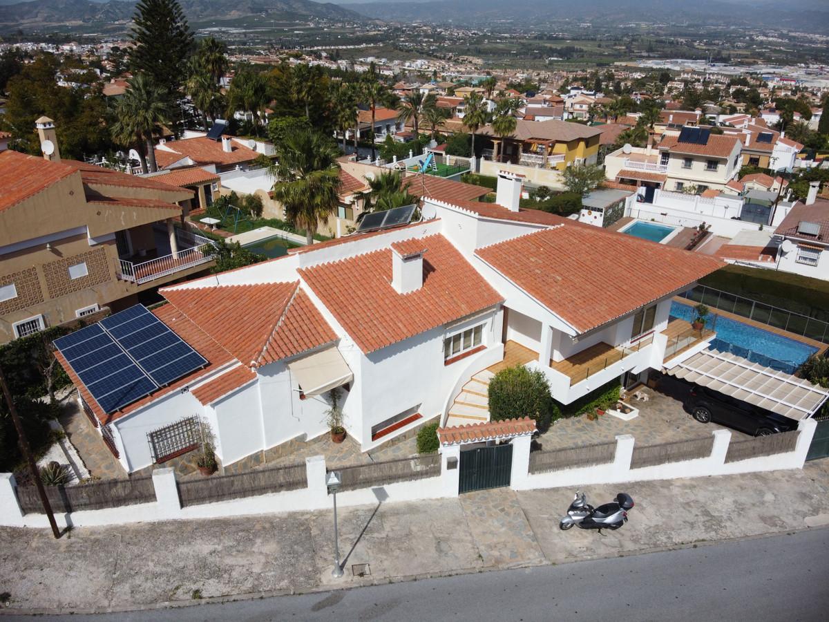 House in Alhaurín de la Torre R3614189 1