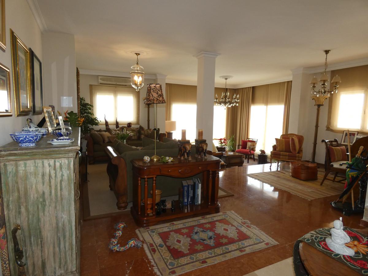 House en Alhaurín de la Torre R3614189 3