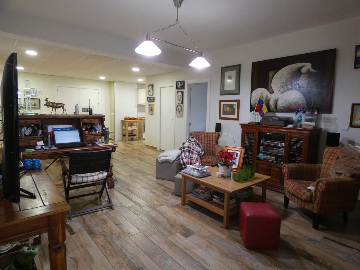 House in Alhaurín de la Torre R3614189 8
