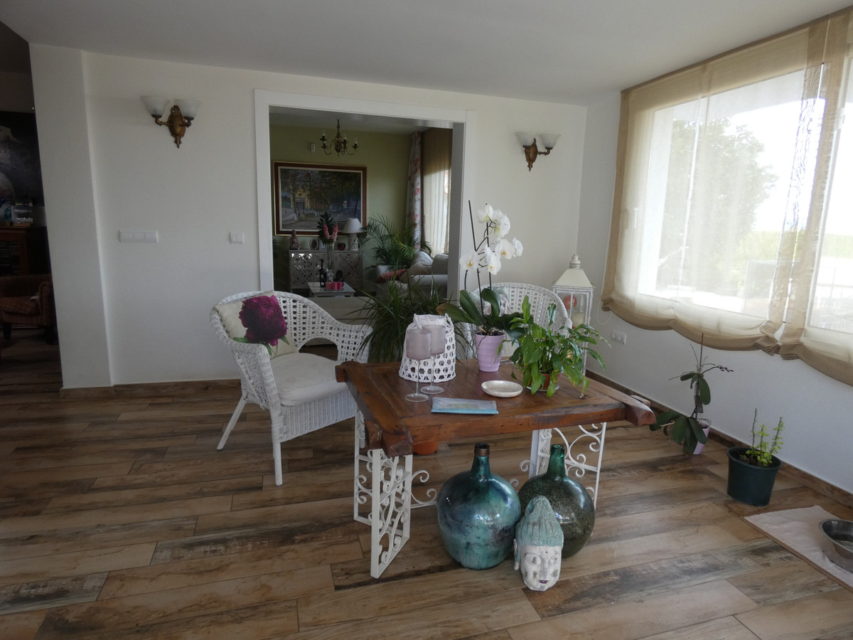 House in Alhaurín de la Torre R3614189 9