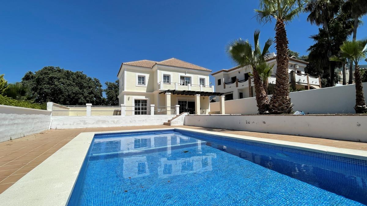 House in Alhaurín el Grande R3713582 1
