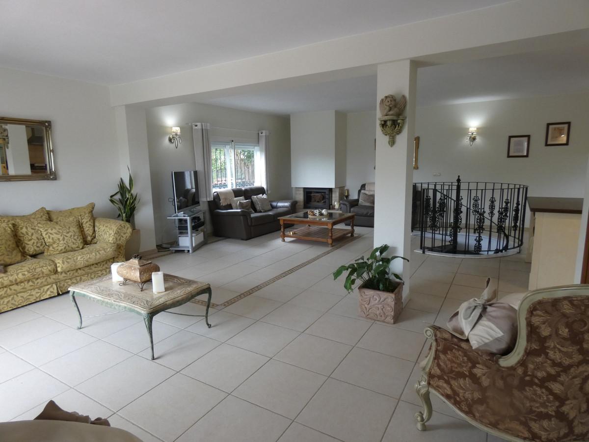 House en Alhaurín el Grande R3866281 4