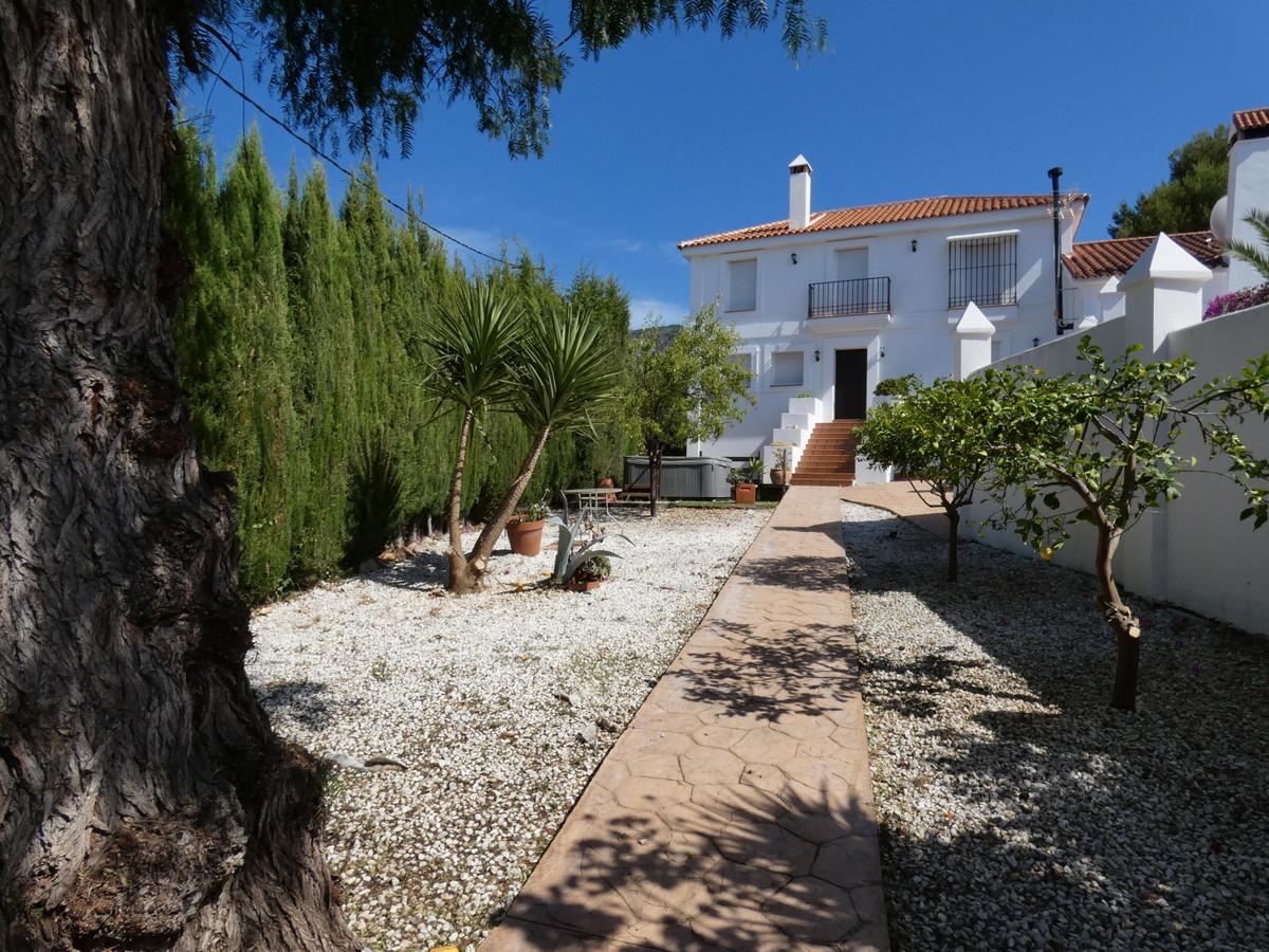 House in Alhaurín el Grande R3645302 2