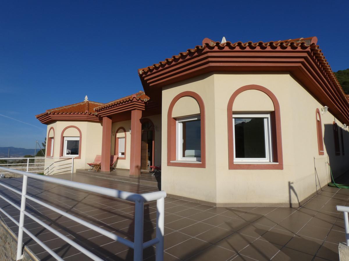 House en Alhaurín de la Torre R3628874 33