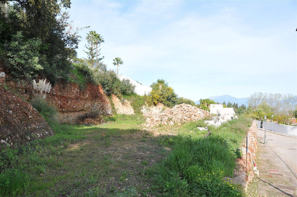 Residential Plot for sale in Alhaurín el Grande R2891654