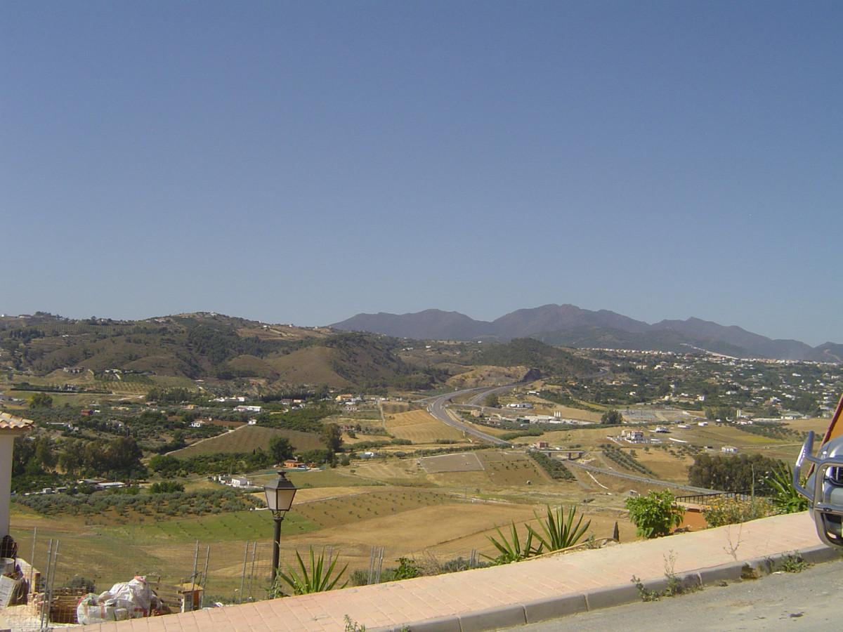 R31354: Plot for sale in Coín