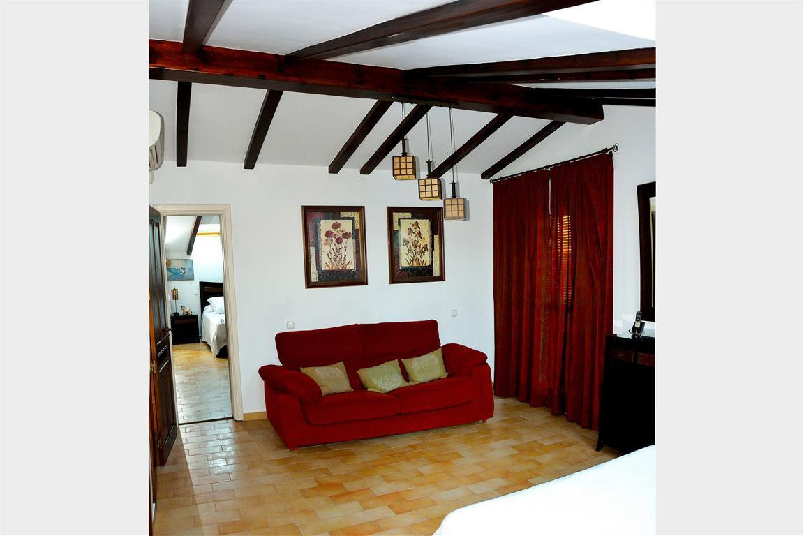 House in Alhaurín el Grande R3082183 11